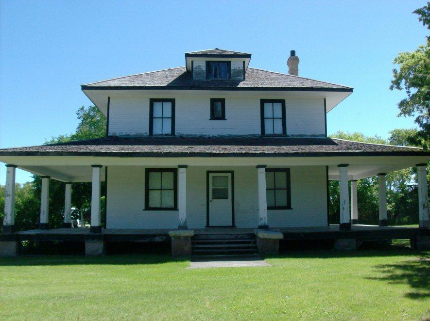 Front Elevation Of Verandah : Houses readreidread