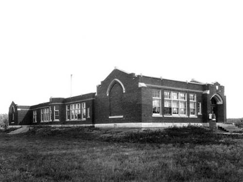 Side view of Sir John Franklin School